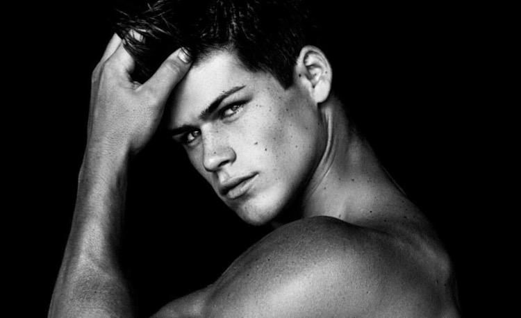Male Model Carson Aldridge