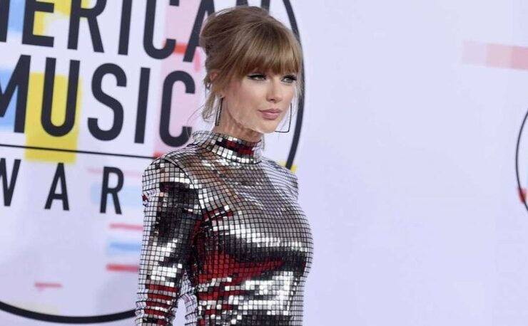 Taylor Swift AMAs