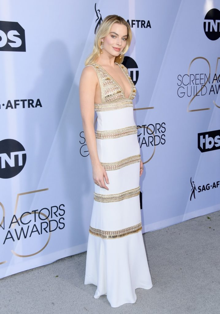 Margot Robbie 25th Annual Screen Actors Guild Awards - Arrivals