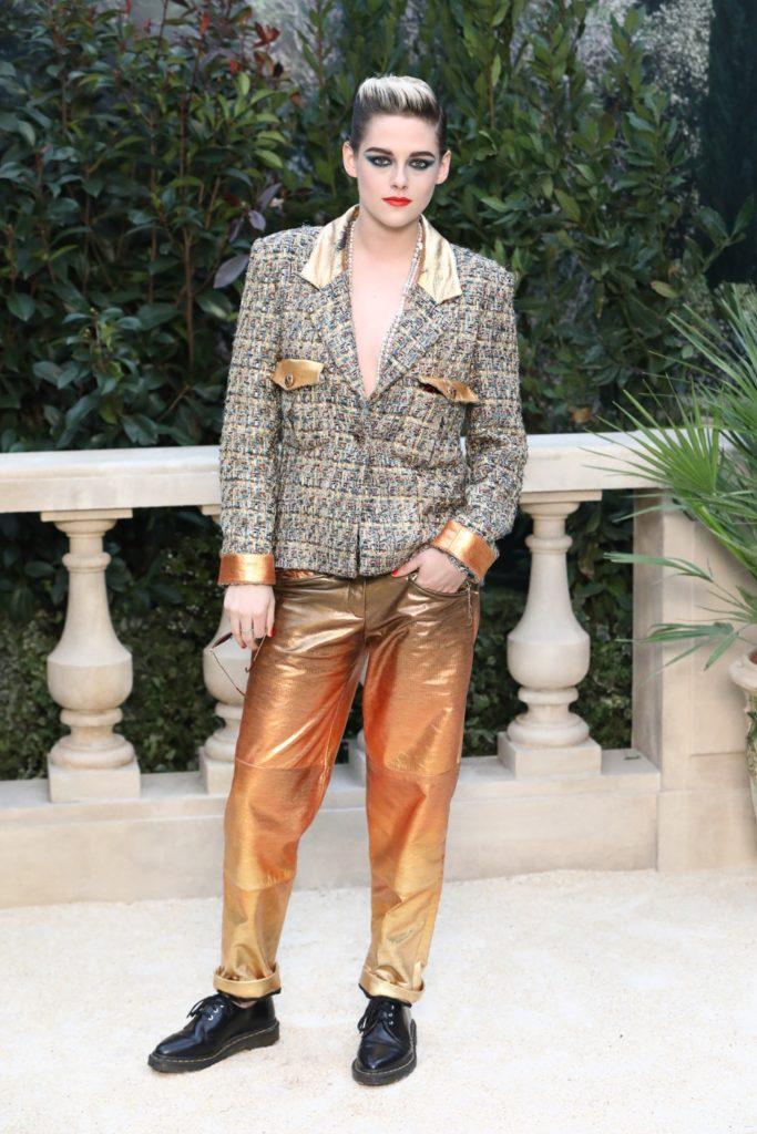 Kristen Stewart Chanel : Photocall - Paris Fashion Week - Haute Couture Spring Summer 2019