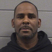 R. Kelly can't afford to post bail after judge sets $1M bond; remains in Chicago jail 1