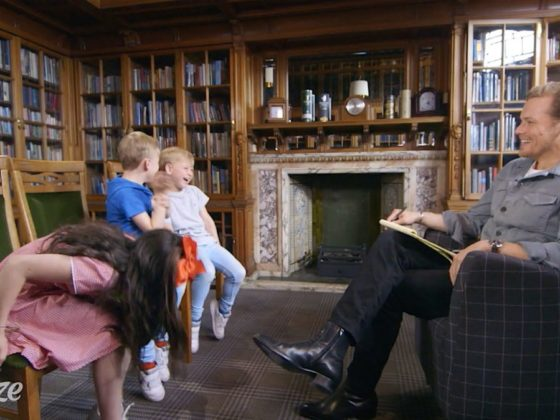 Sam Heughan Gets Some 'Expert' Dating Advice from Kids