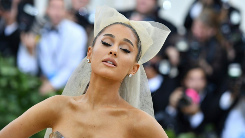Ariana Grande US-ENTERTAINMENT-FASHION-METGALA