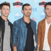 The Jonas Brothers Teen Choice Awards 2013 - Arrivals