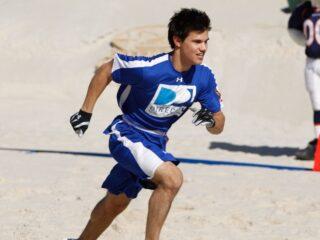 Taylor Lautner Fourth Annual DIRECTV Celebrity Beach Bowl ¬ù Game