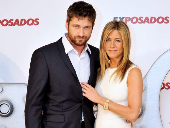 Jennifer Aniston Attends 'The Bounty Hunter' Photocall in Madrid