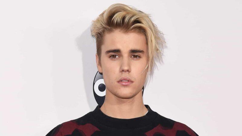 Justin Bieber2015 American Music Awards - Arrivals