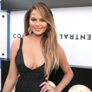 Chrissy Teigen The Comedy Central Roast Of Justin Bieber - Red Carpet