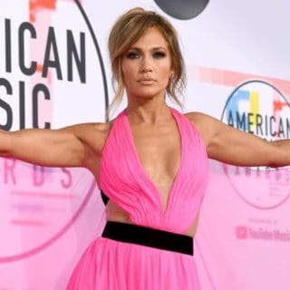 Jennifer Lopez 2018 American Music Awards - Red Carpet