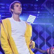 Justin Bieber Z100's Jingle Ball 2016 - SHOW
