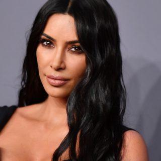 Kim Kardashian US-FASHION-ENTERTAINMENT-AMFAR