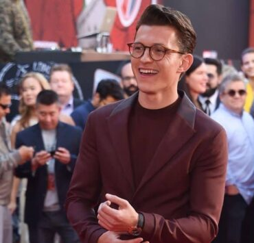 Tom Holland Rescues Young Fan From Panic Attack 1