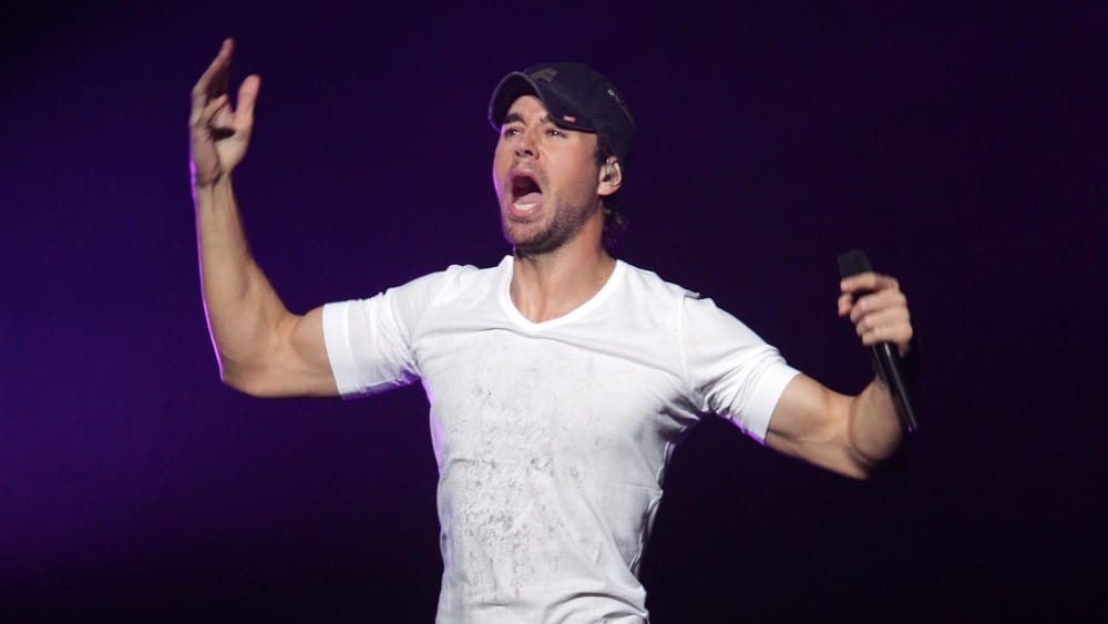 Enrique Iglesias KIIS FM's Jingle Ball 2010 - Show