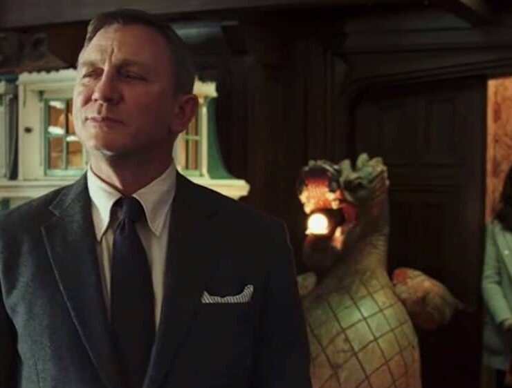 The First Trailer for Knives Out, the Whodunnit Starring Daniel Craig, Chris Evans and More Is Here — WATCH 1