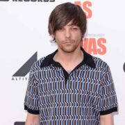 Louis Tomlinson Is NOT Happy About that Graphic Animated Sex Scene with Harry Styles in Euphoria 1