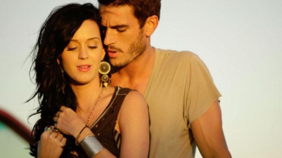Katy Perry S Teenage Dream Co Star Josh Kloss Accuses Her Of