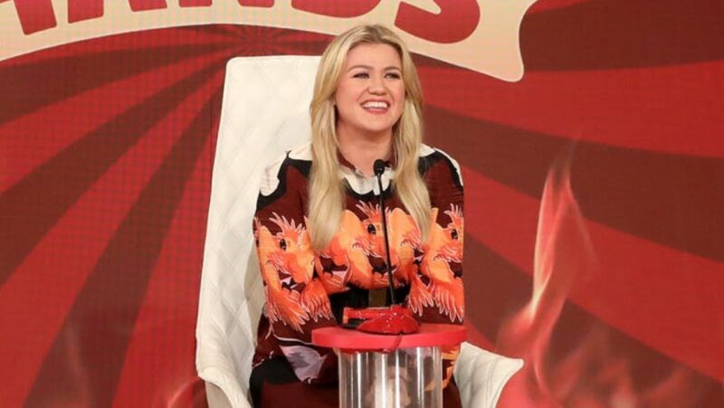 Kelly Clarkson on The Ellen DeGeneres Show
