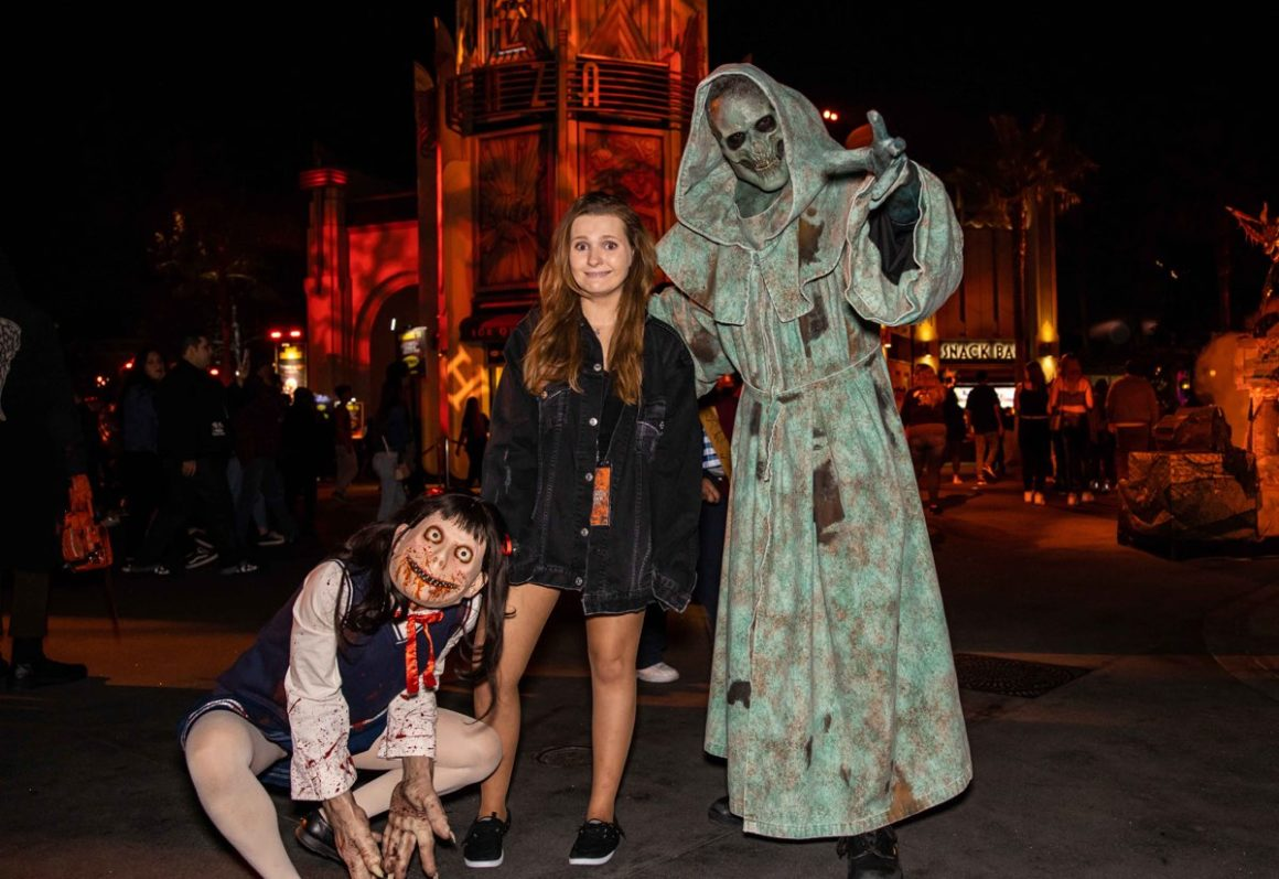 Abigail Breslin at Universal Studios Halloween Horror Nights