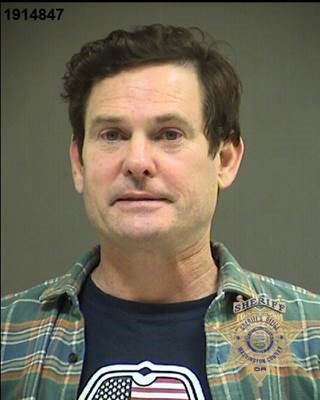 Henry Thomas Booking Photo