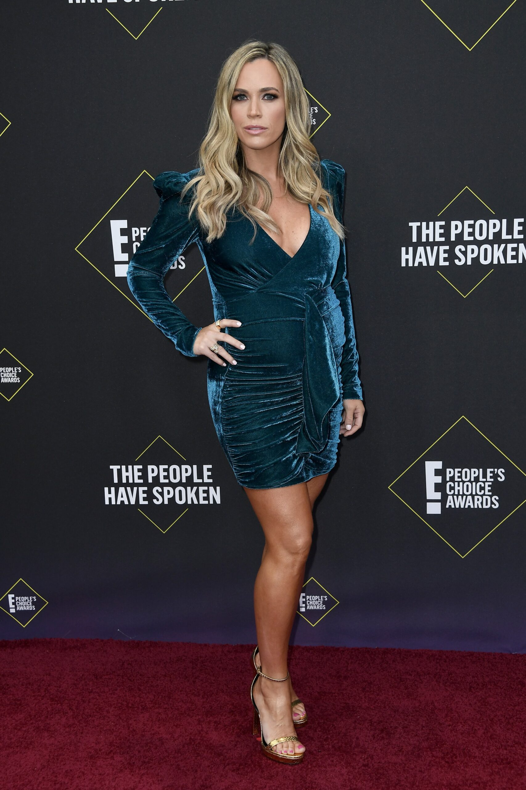 2019 E! People's Choice Awards - Arrivals