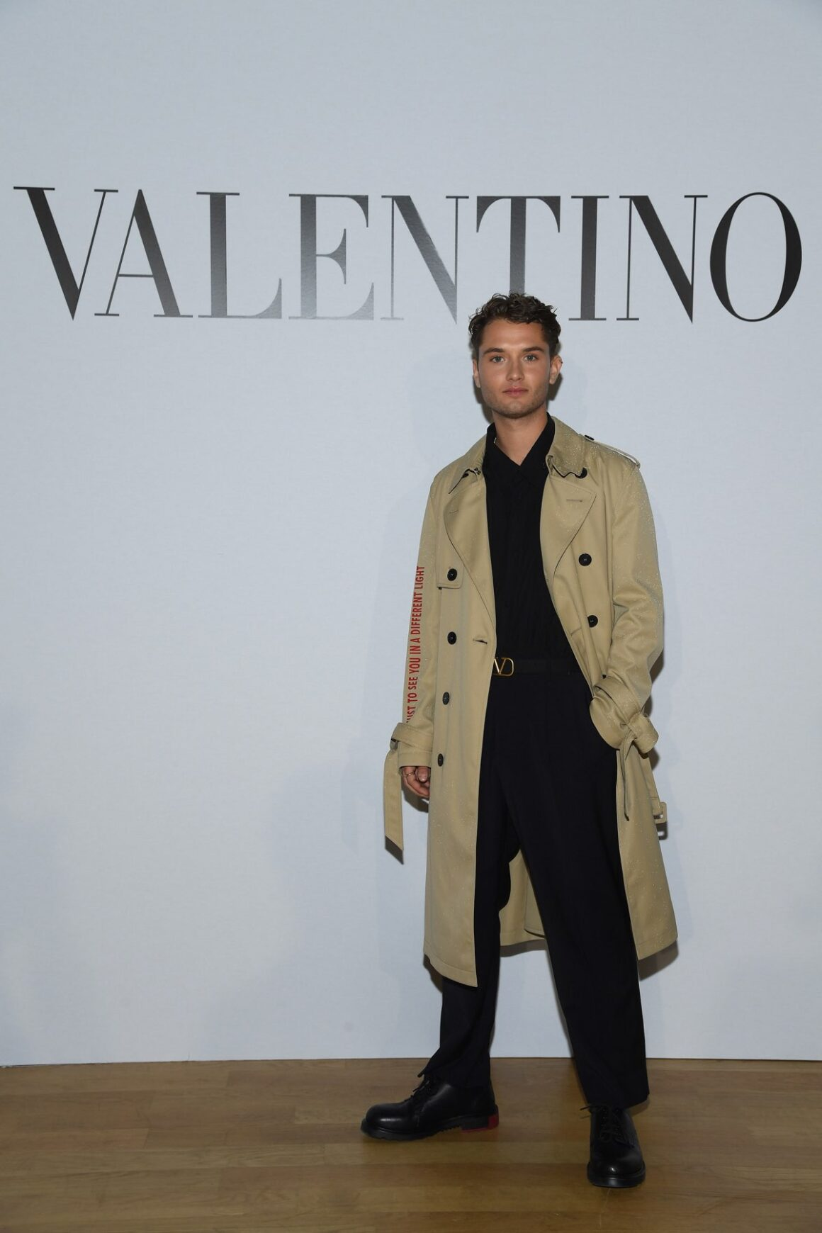 Valentino : Front Row - Paris Fashion Week - Menswear F/W 2020-2021