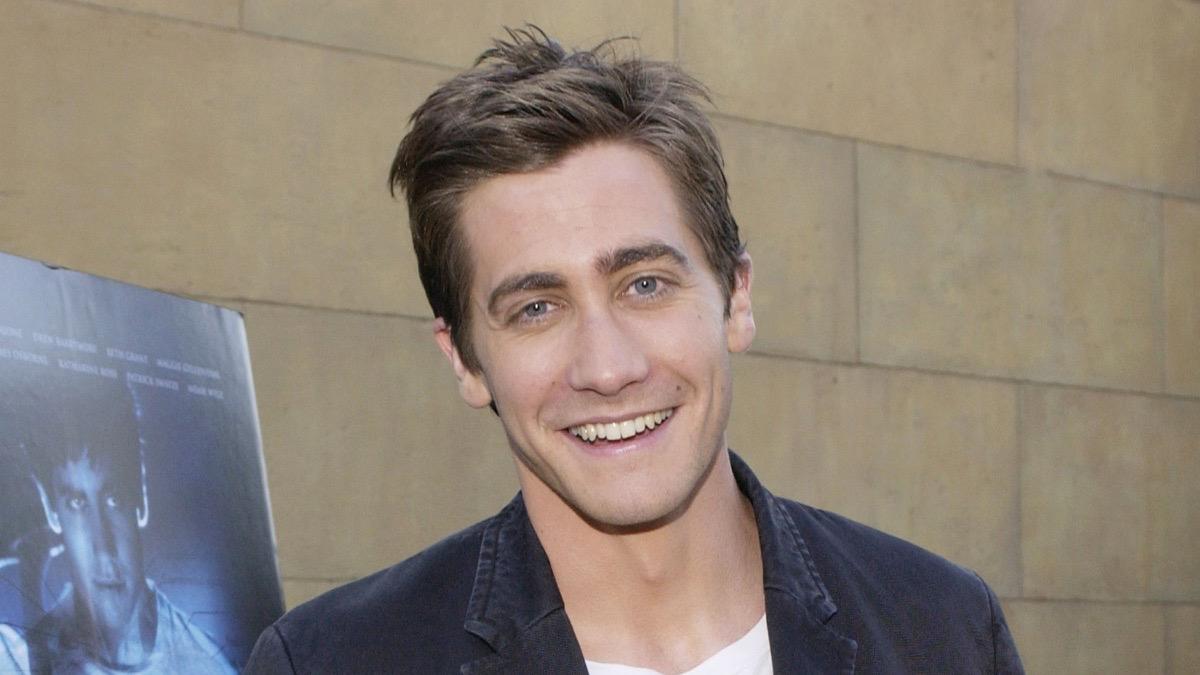 Jake Gyllenhaal At The La Premiere Of Newmarket Films Release Donnie Darko The Directors Cut Red Carpet Rewind Socialite Life