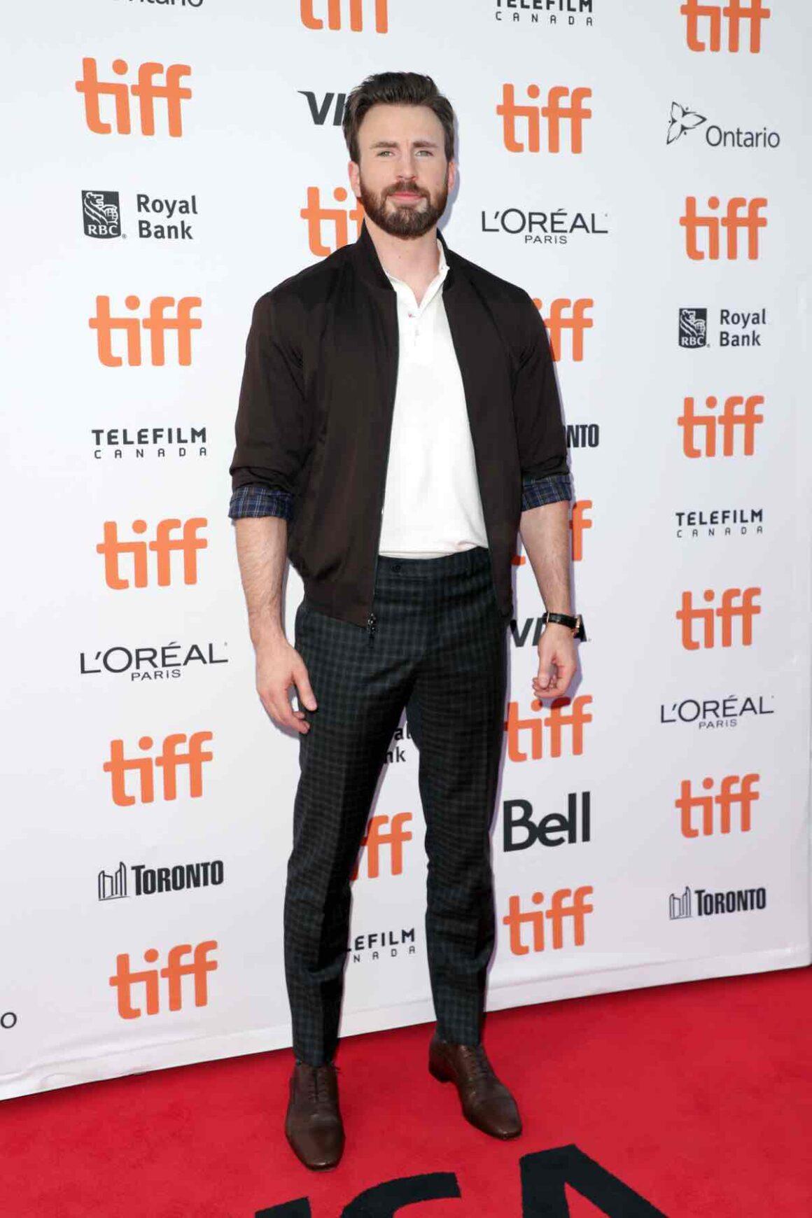 "Chris Evans 2019 Toronto International Film Festival - ""Knives Out"" Premiere"