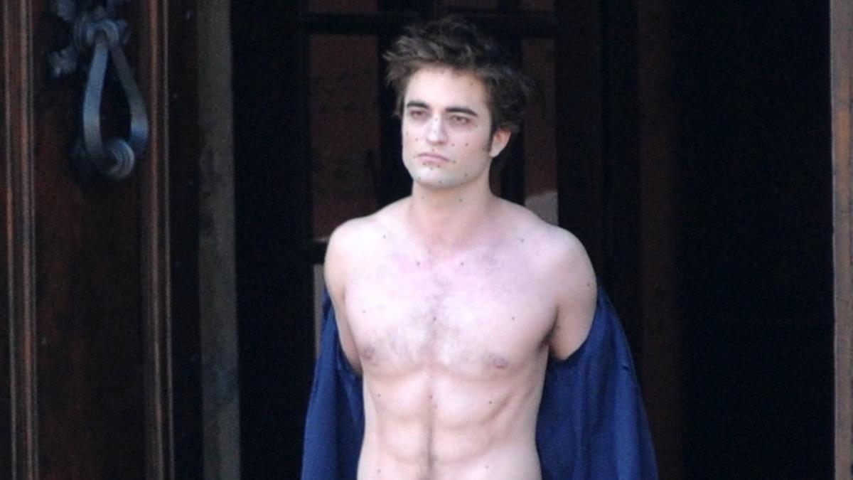 Robert Pattinson Is Shirtless In Italy