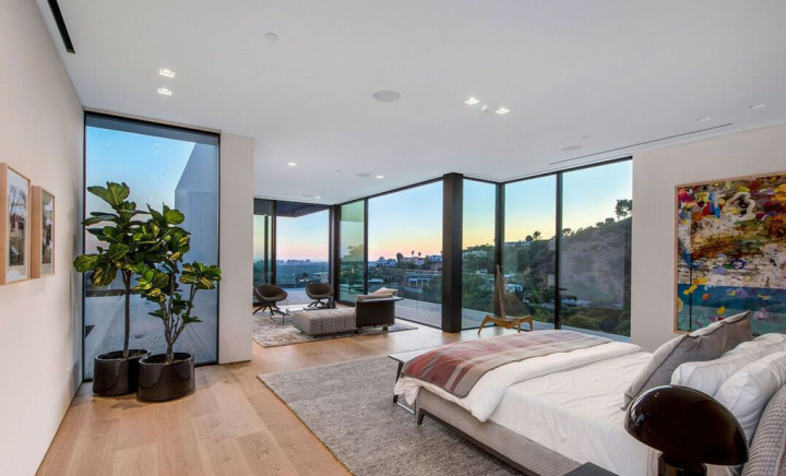 Ariana Grande's Hollywood Hills Home