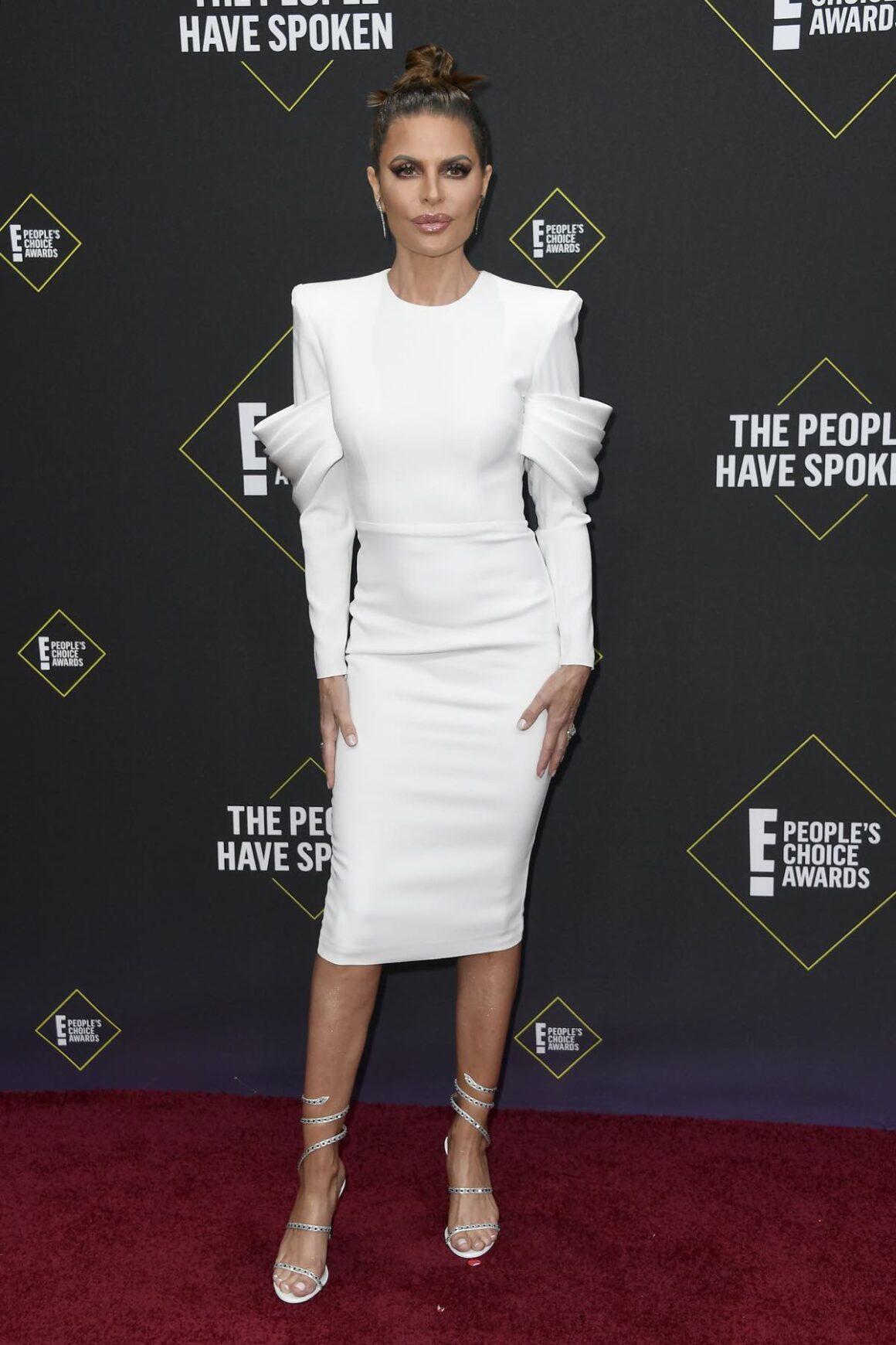 Lisa Rinna 2019 E! People's Choice Awards - Arrivals