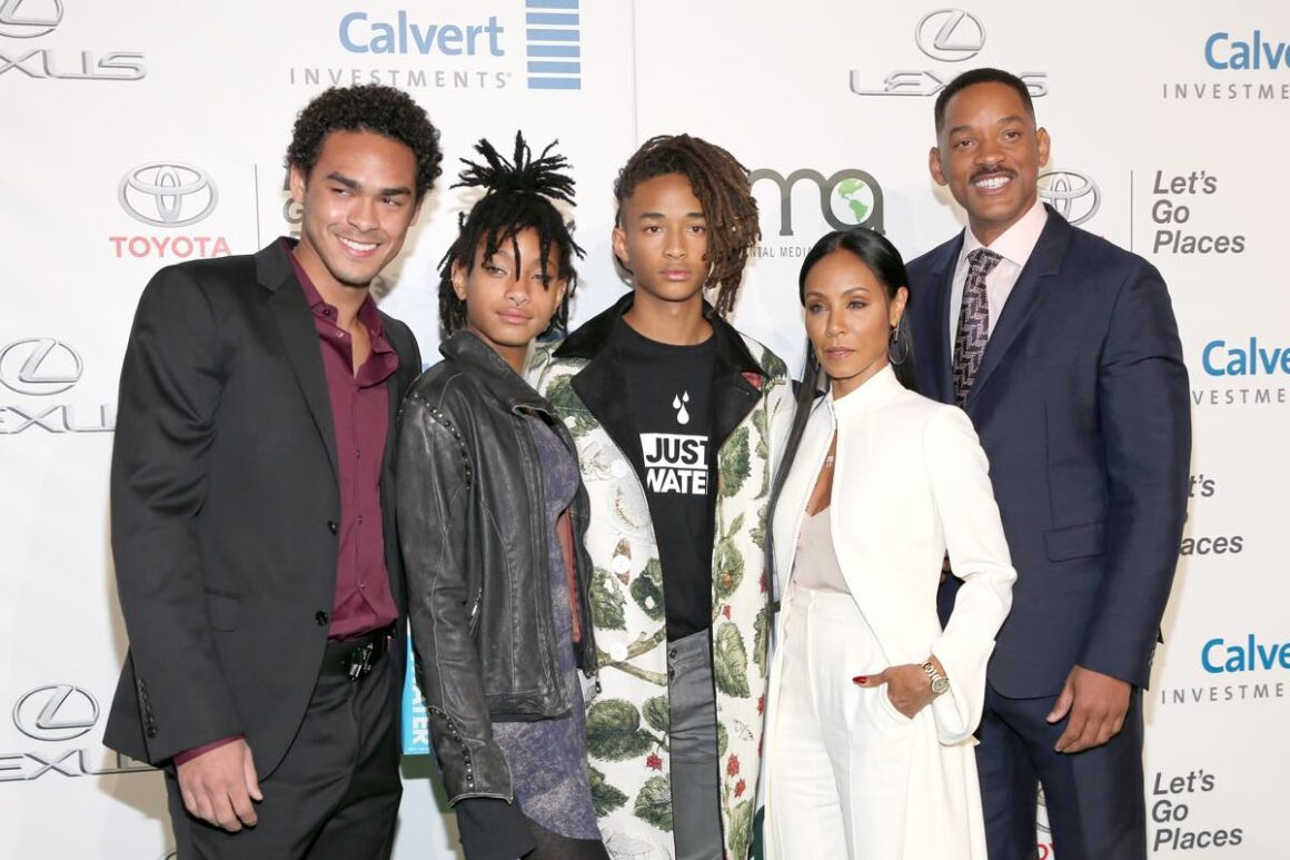 The Smith family Environmental Media Association Hosts Its 26th Annual EMA Awards Presented By Toyota, Lexus And Calvert - Red Carpet