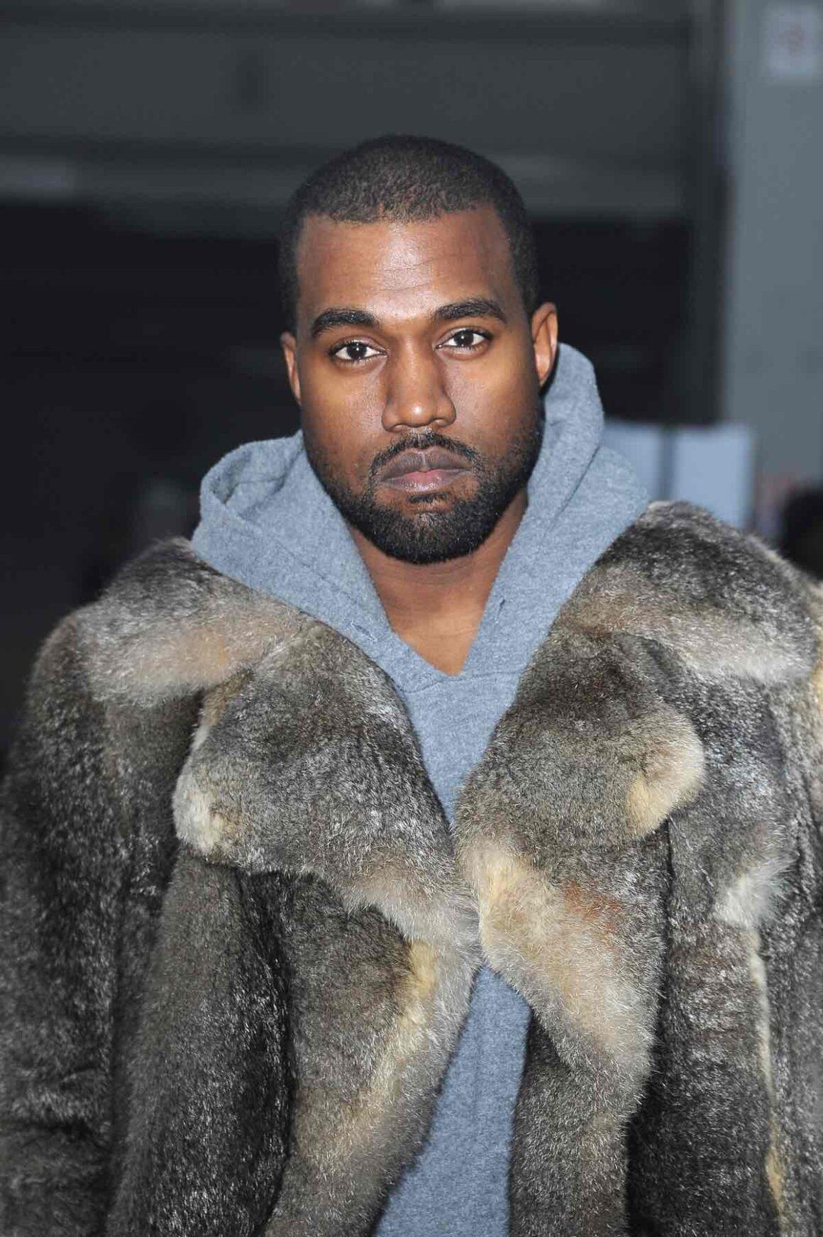 Kanye West Givenchy : Front Row - Paris Fashion Week - Menswear F/W 2014-2015
