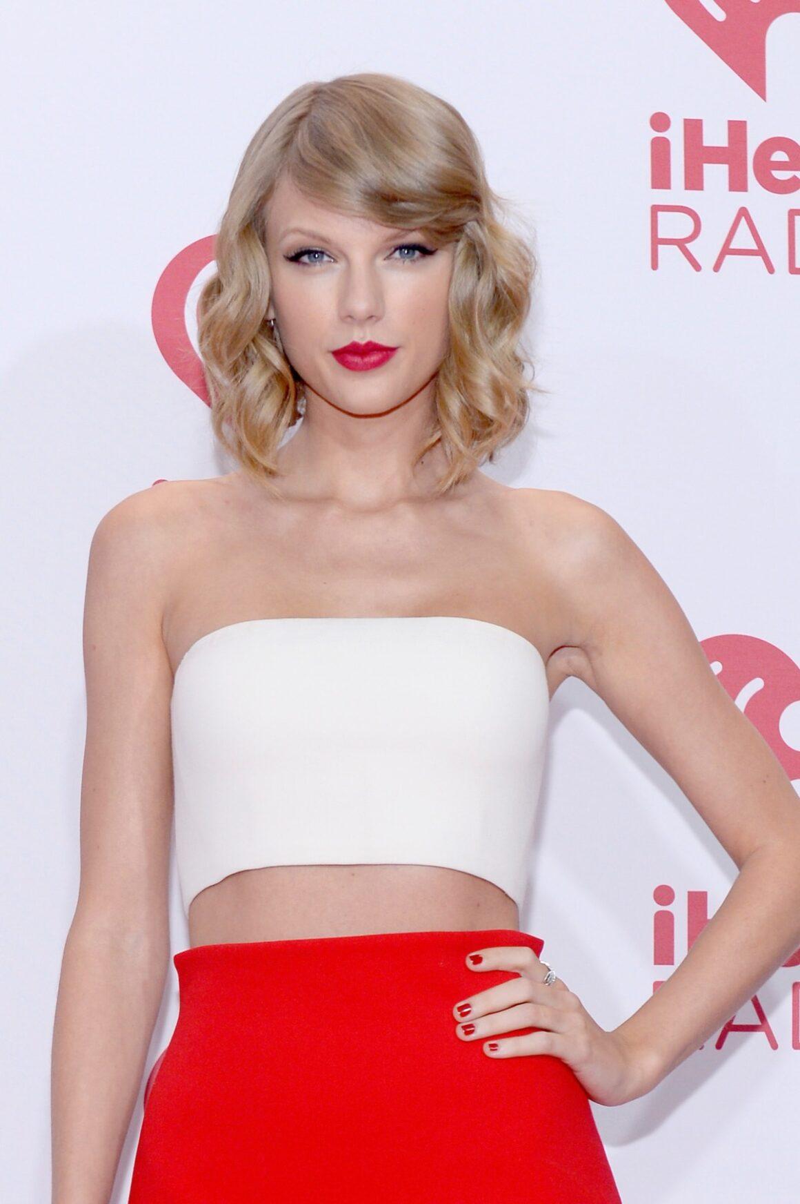 Taylor Swift 2014 iHeartRadio Music Festival - Night 1 - Backstage