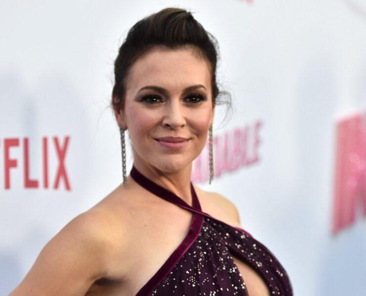 "Alyssa Milano Netflix's ""Insatiable"" Season 1 Premiere - Red Carpet"