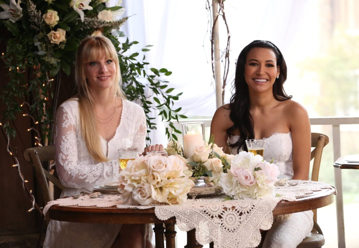 Heather Morris and Naya Rivera Glee