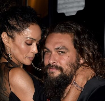"Lisa Bonet (L) and Jason MomoaPremiere Of Warner Bros. Pictures' ""Aquaman"" - Red Carpet"