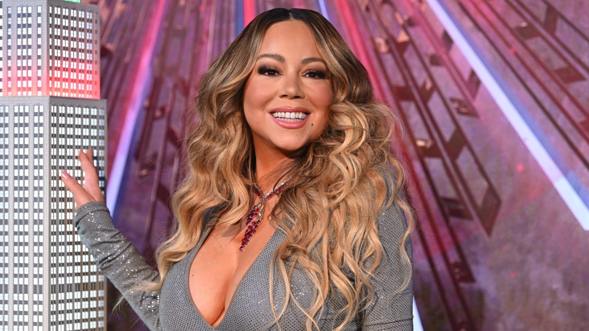 """Mariah Carey Lights The Empire State Building In Celebration Of The 25th Anniversary Of """"All I Want For Christmas Is You"""""""