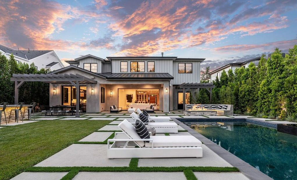 Demi Lovato's Studio City Home