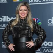 Kelly Clarkson 2018 Billboard Music Awards Host Kelly Clarkson Photo Call