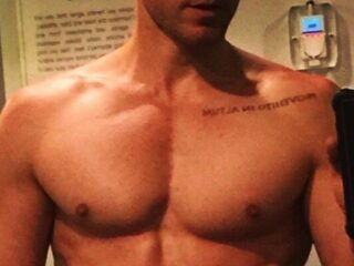 Jared Leto shirtless vote
