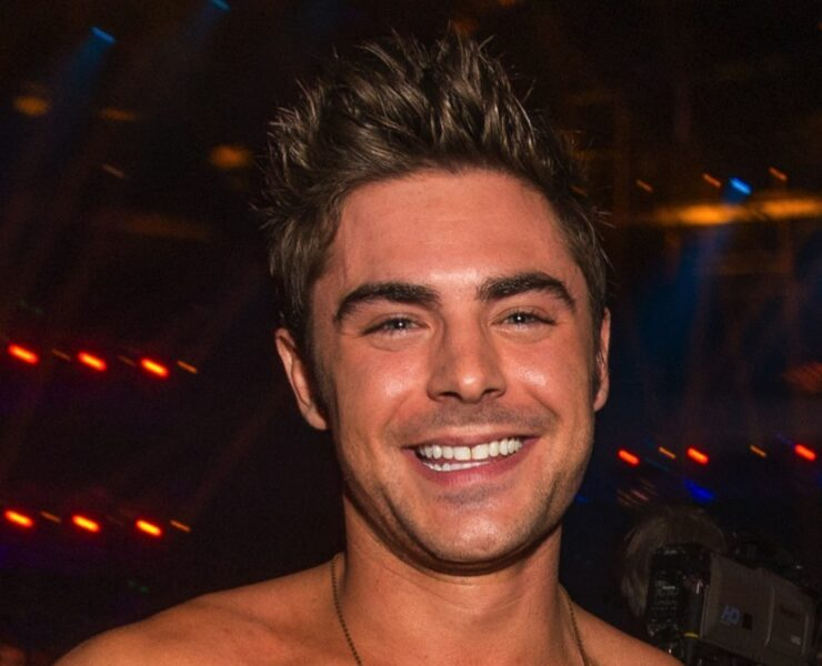 Zac Efron 2014 MTV Movie Awards - Backstage And Audience