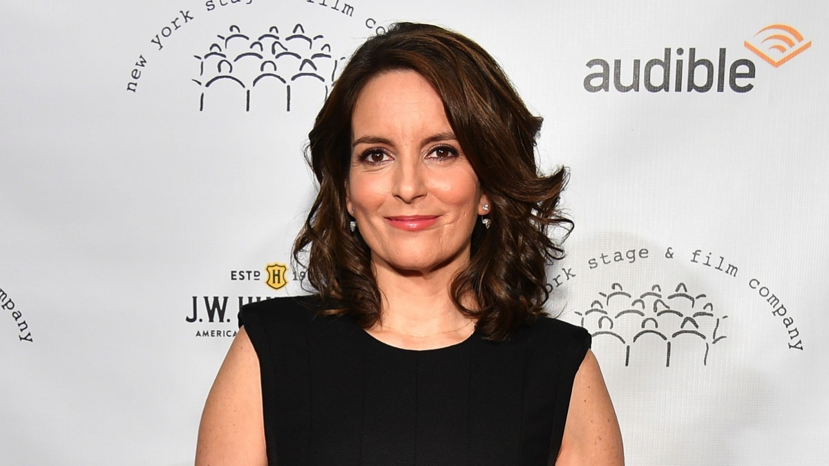 Tina Fey reveals she saved someone's life after kayak accident