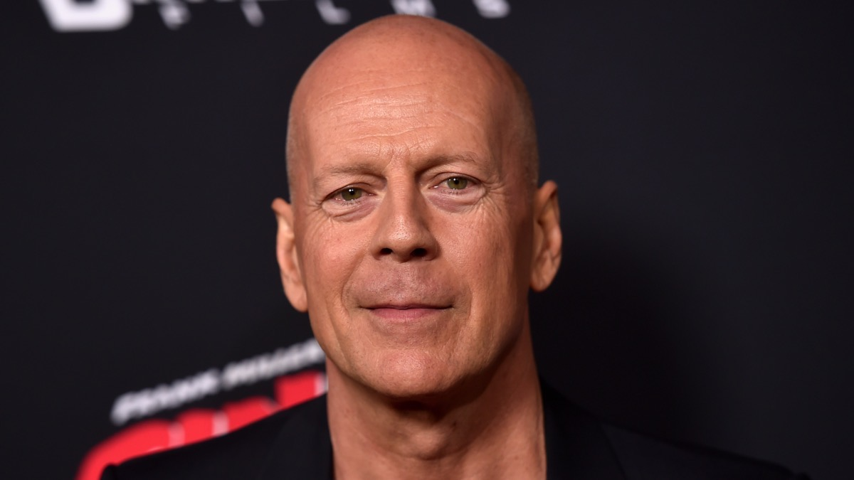 Bruce Willis asked to leave pharmacy for refusing to wear mask