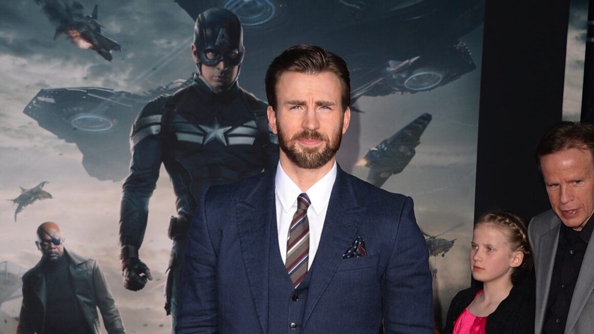 "Chris Evans Premiere Of Marvel's ""Captain America: The Winter Soldier"" - Arrivals"