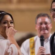 Groom surprises his bride with amazing gesture at wedding