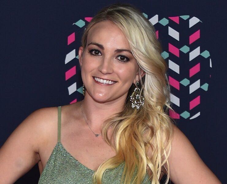 Jamie Lynn Spears 2016 CMT Music Awards - Arrivals