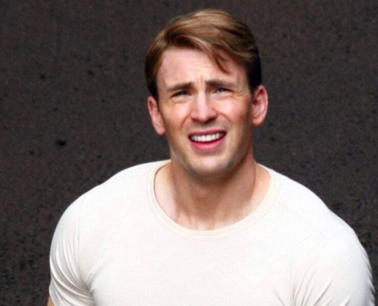 Chris Evans Shows Off His Buff Bod On Captain America Set