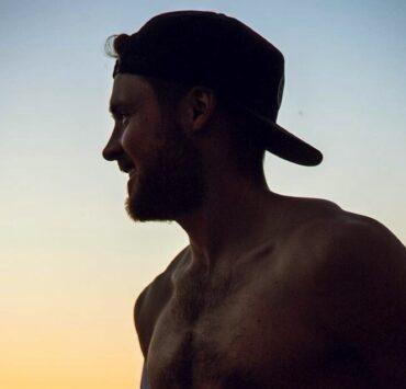 Dylan Efron shirtless