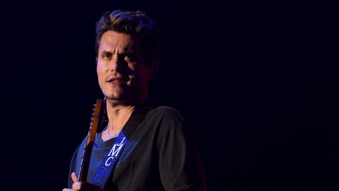John Mayer Performs At The Forum